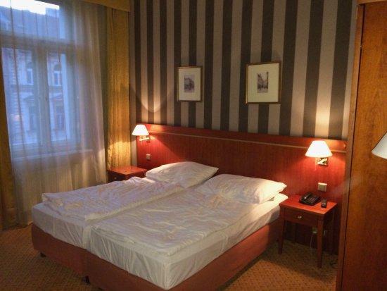 Hotel Raffaello: Camera