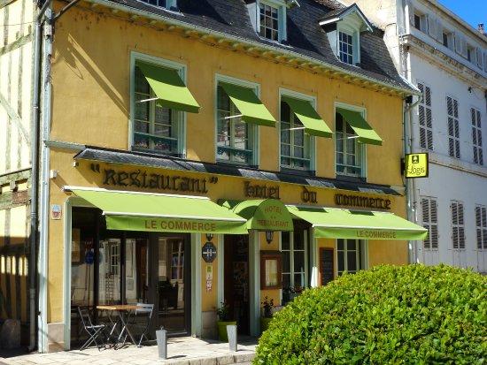Hotel restaurant du commerce bar sur seine frankrig for Restaurant bar sur aube