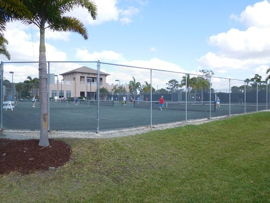 Port Saint Lucie, FL: Tennis facilities