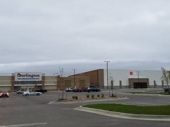 Cedar Rapids, IA: other stores