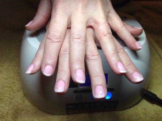 Grass Valley, Kaliforniya: gelish nails