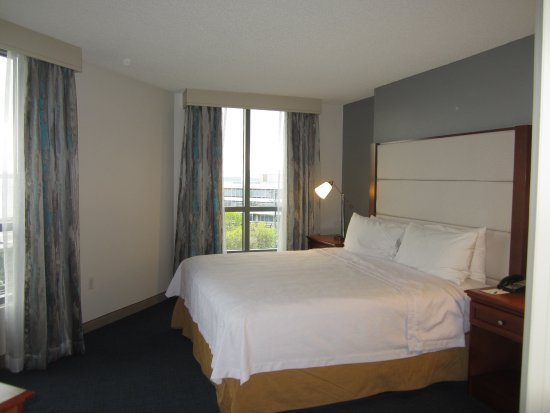 Bedroom With King Bed Picture Of Homewood Suites By Hilton Seattle Downtown Seattle Tripadvisor