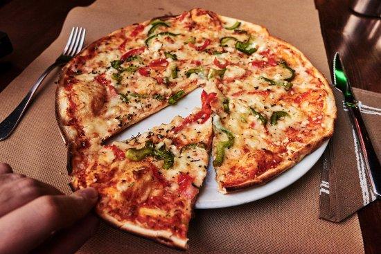 Pizza vegetal p picture of pizzeria la nonna salou tripadvisor - Pizzeria la nonna ...