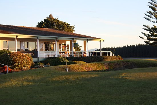 Richmond, New Zealand: Clubhouse