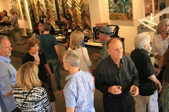 Tustin, Califórnia: The Heart of Orange County 2017 Juried Show