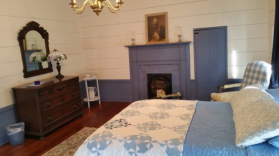 Reese Hall: My Picture Does Not Do This Upstairs Bedroom Justice