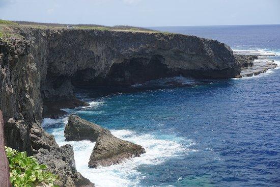 Puntan Sabaneta: 바다와 어우러진 하늘...그리고 절벽...