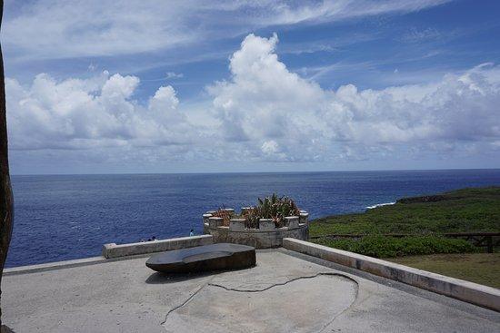 Puntan Sabaneta: 바다와 어우러진 하늘...