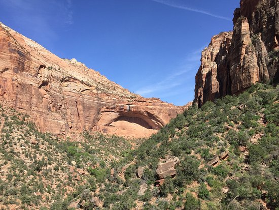 Zion Canyon Scenic Drive: On the hairpin turns of the scenic drive.