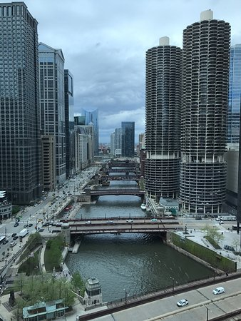 Wyndham Grand Chicago Riverfront: photo0.jpg