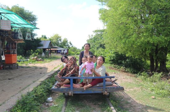Overnight Battambang Tour from Siem...