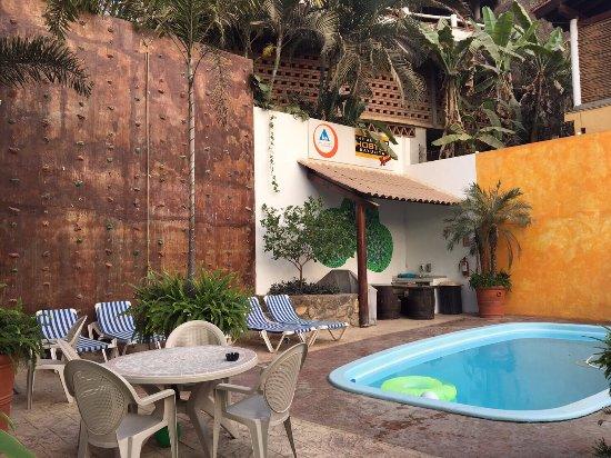 The Pool And Rock Climbing Wall Picture Of The Amazing Hostel Sayulita Sayulita Tripadvisor