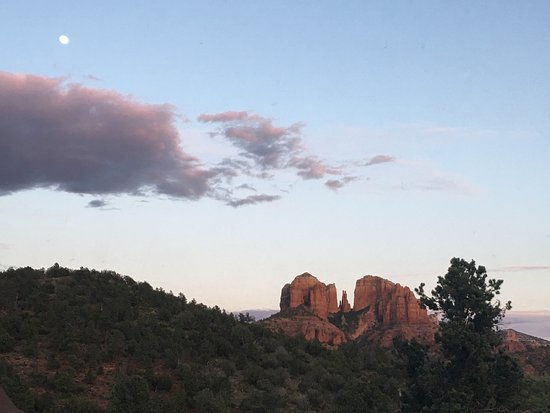 Sedona Cathedral Hideaway: photo1.jpg