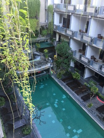 Champlung Mas Hotel: photo1.jpg