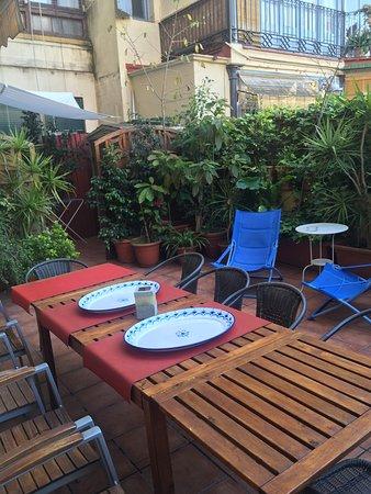 Barcelona Central Garden Hostel: photo1.jpg