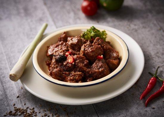 VILLAGE Rendang Beef