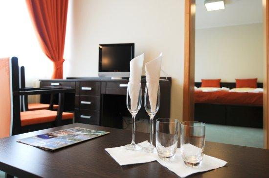 Hotel SOREA REGIA Photo