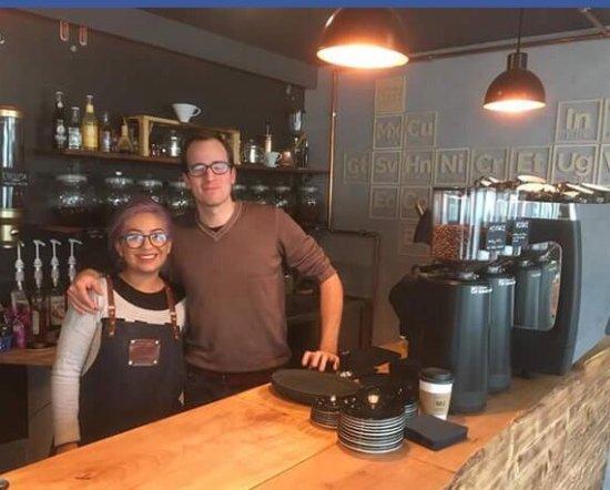 Rheineck, Schweiz: Das freundliche Ehepaar führt das Kaffee leidenschaftlich!
