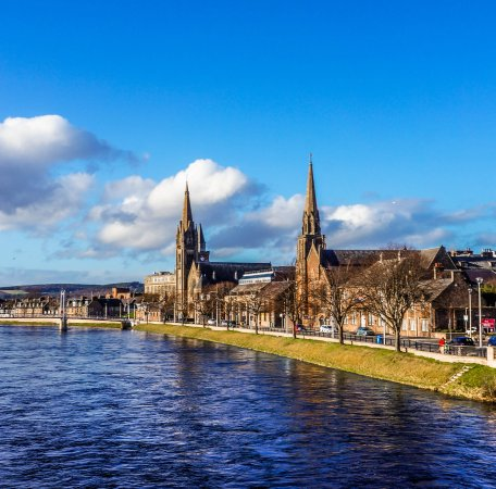 ‪Inverness Walking Tours‬