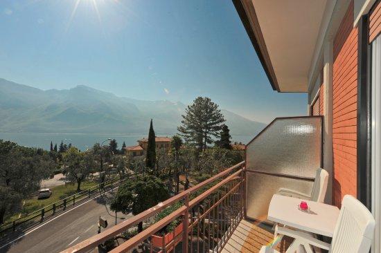 Hotel Villa Grazia Limone Sul Garda Bs Italien