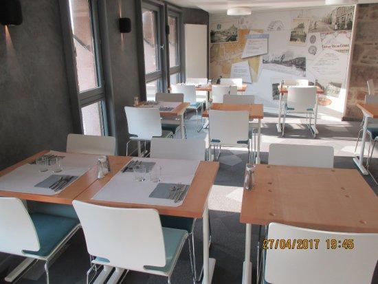 Ducey, Francia: Salle du petit déjeûner et des repas du soir