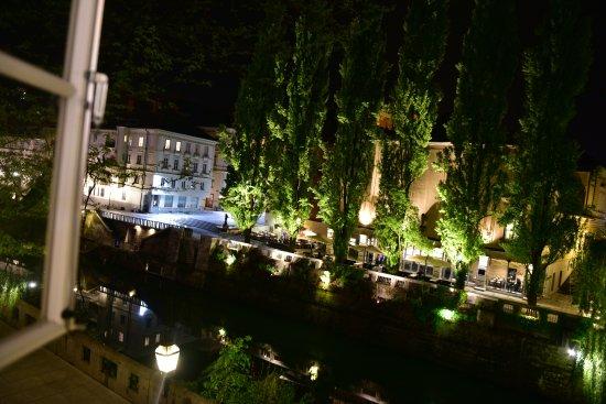 Vander Urbani Resort Photo