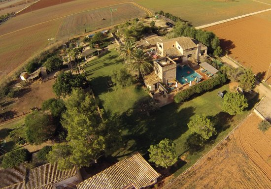 Agroturismo Finca Sant Blai: A view from above of the hotel and child friendly grounds