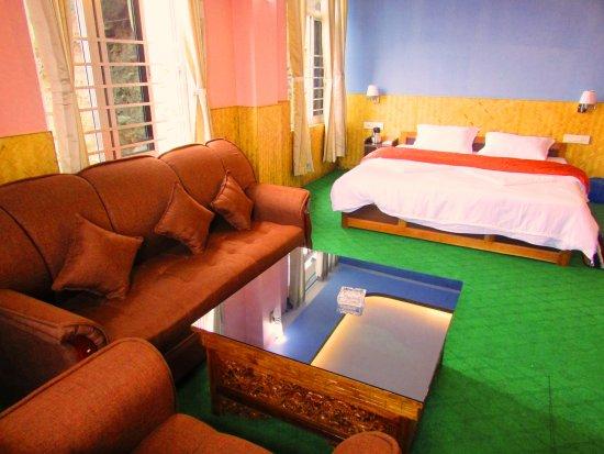 Lookboong Hotel