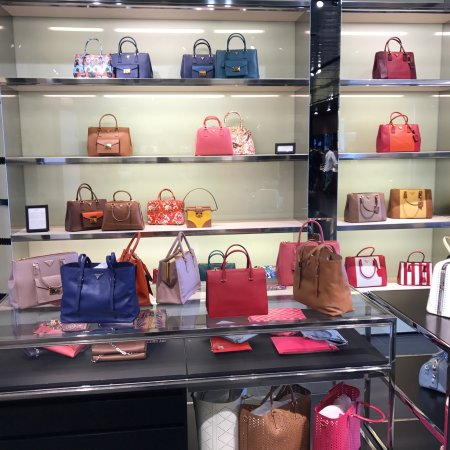 6e2745a85f8d Prada Outlet (Space) (Montevarchi) - 2019 All You Need to Know ...