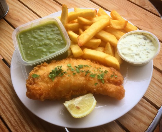 Bexhill-on-Sea, UK: Athena's Fish & Chips