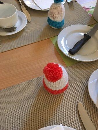 Spremberg, Deutschland: Semi-hard boiled eggs under a stocking cap