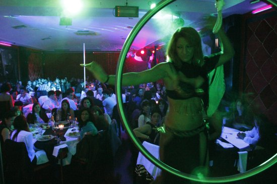 dbec2a607 show - Picture of The Lingerie Restaurant - Porto