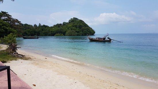 spiaggia dalla piattaforma del ristorante