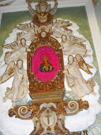 Chiesa del Carmine e Badia : maria attorniata dagli angelo