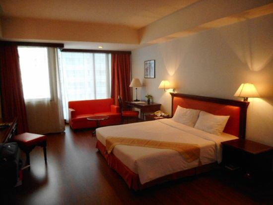 Tai-Pan Hotel: DSCN0677_large.jpg