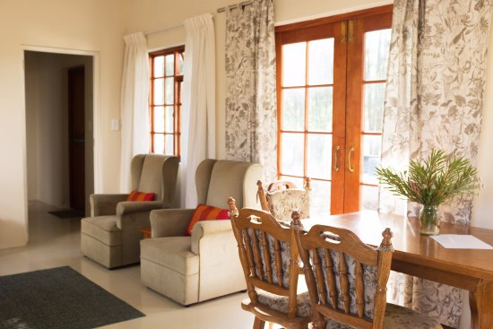 Stanford, Zuid-Afrika: Pine lounge