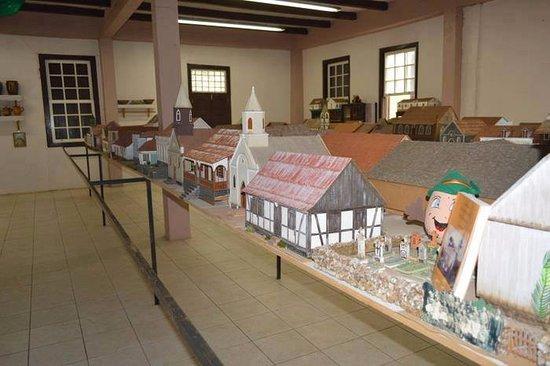 Centro Municipal de Cultura e Museu Prof. Laurindo Vier