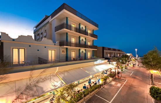 Hotel Lina Photo