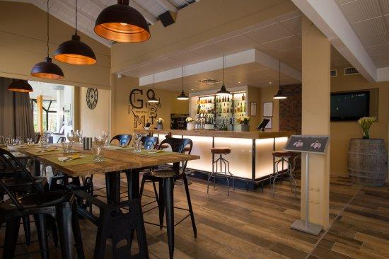 Hotel Novotel Aix en Provence Pont de L'arc Fenouilleres: Gourmet Bar