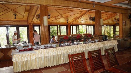 White Sand Doclet Resort & Spa : завтрак