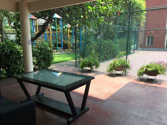 Review: Excellent spot in Dhaka - Dutch Club, Dhaka City, Bangladesh