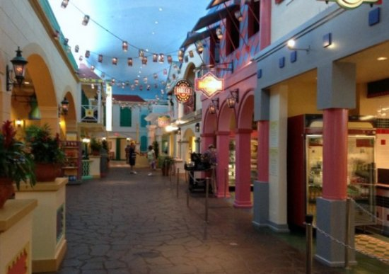 Old Port Royale Food Court Of The Disney S Caribbean Beach Resort