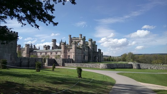 Penrith, UK: Lowther Castle