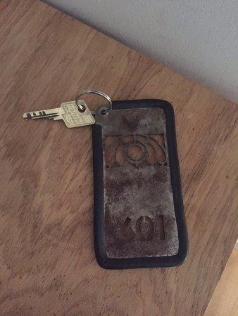 The California: Hotel key - very vintage