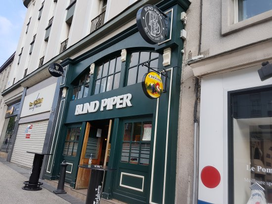 Blind Piper Pub