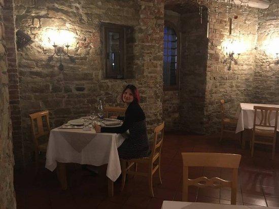 Trisobbio, Itália: Sala da pranzo piano terra