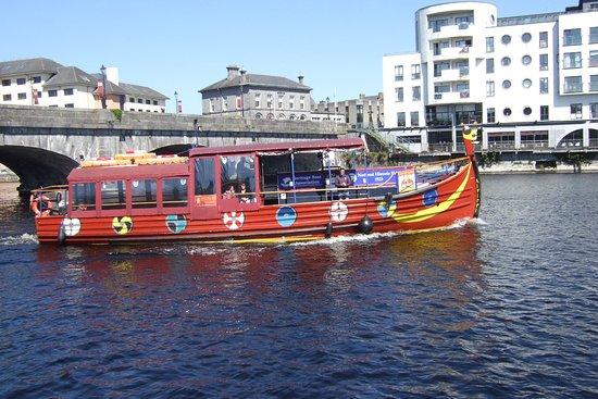 Viking Ship Cruises: The Viking Boat