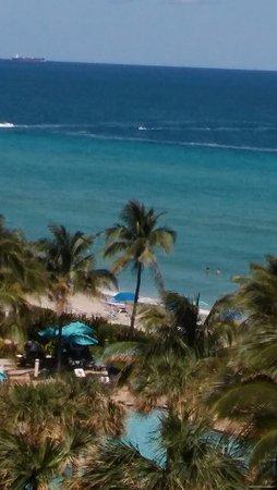 Hallandale Beach: vista desde el cuarto de hotel de la playa