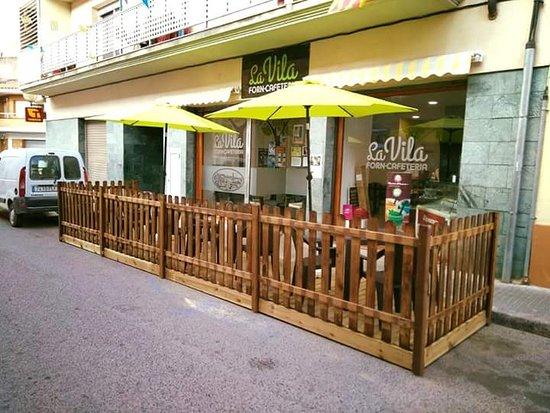 Vila-rodona, Spania: Forn cafeteria La Vila