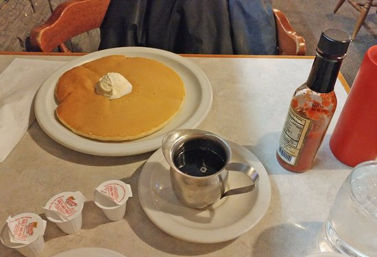 Hays, KS: Pancake and syrup (I asked for just one)